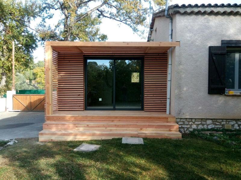 extension de maison en bois sur le côté en région PACA
